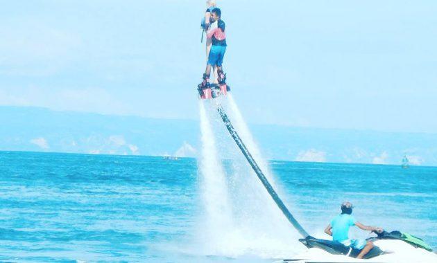 Menikmati Flyboard Tanjung Benoa