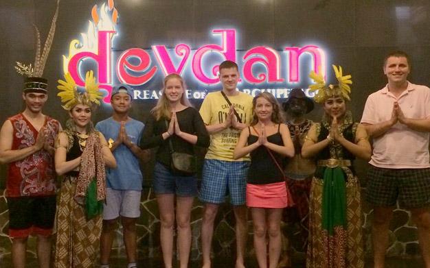 Devdan Show Nusa Dua Pertunjukan Luar Biasa